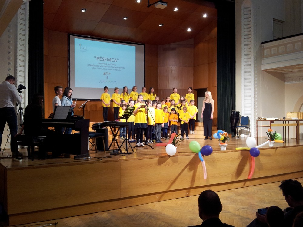 Pevci 1